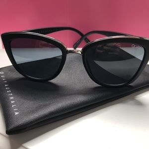 "NWOT Quay Australia ""My Girl"" Sunglasses"